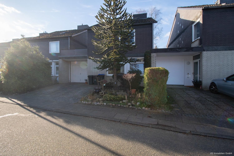 Immobilie Norderstedt - Reserviert ! Ihr Geld ist sicher angelegt  - gut vermietetes Reihenhaus in Norderstedt!
