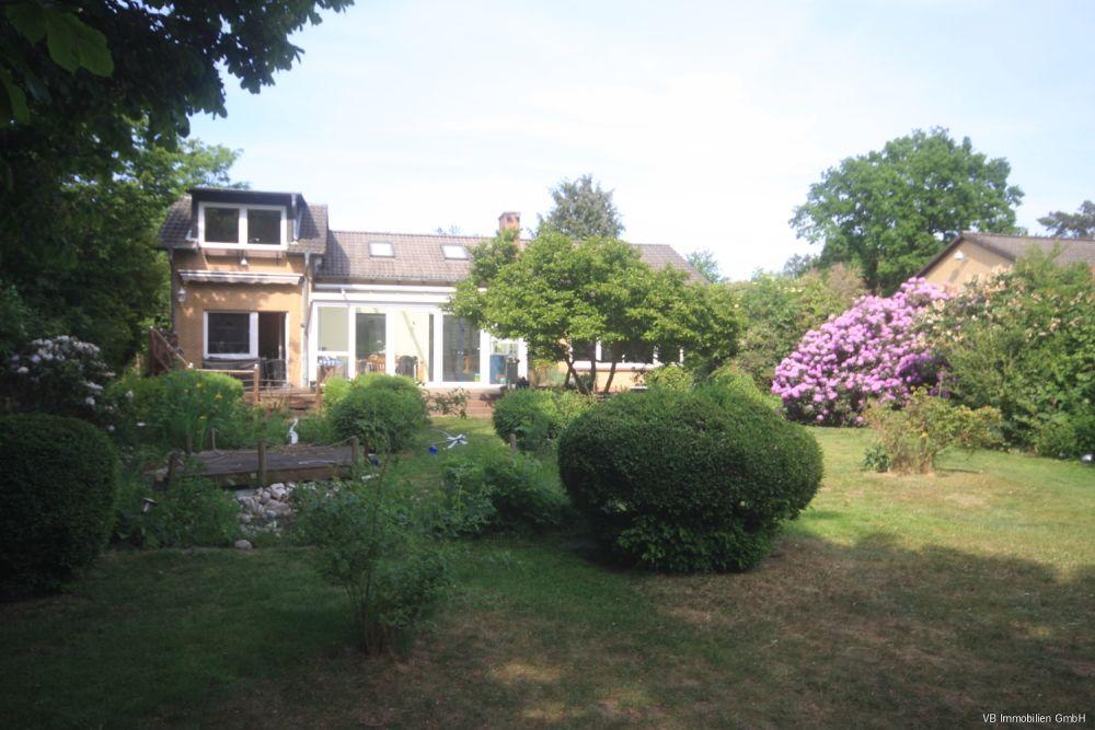 Immobilie Quickborn - 360° Rundgang Raumwunder - tolles Einfamilienhaus mit großem Garten in sehr guter Lage