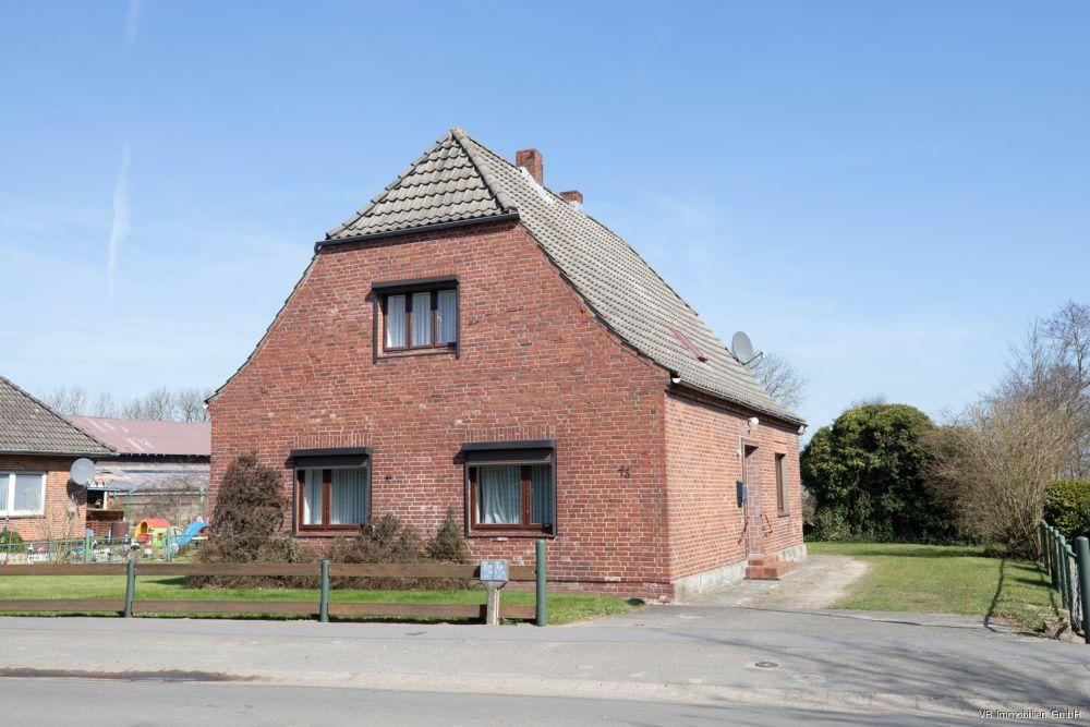 Immobilie Averlak - Landliebe am Nord-Ostee-Kanal!  Traumhaftes Grundstück mit altem Einfamilienhaus in Averlak