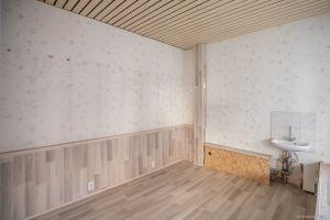 Immobilie Elmshorn - Kleine Ladenfläche in Bahnhofsnähe, auch als Ausstellungsraum geeignet, zu vermieten!